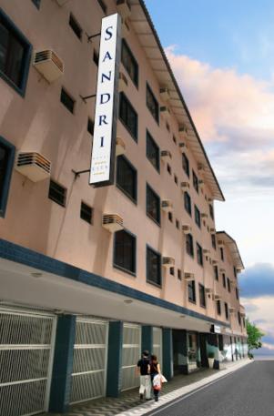 Camboriu – Hotel Sandri City, céntrico, a 50 mts del mar, desde USD 399